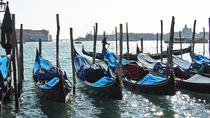 discover-venice-walking-tour-with-gondola-ride-in-venice-366542