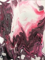 Pink kissing pour